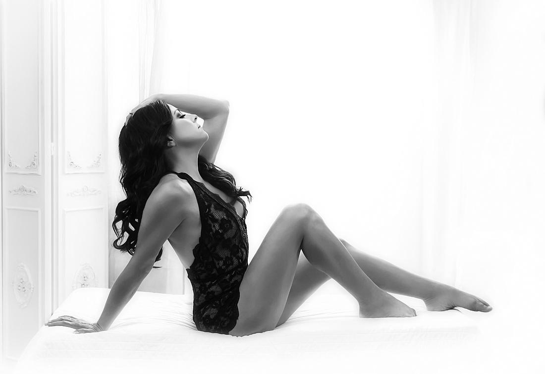 Boudoir feminine beauty photography